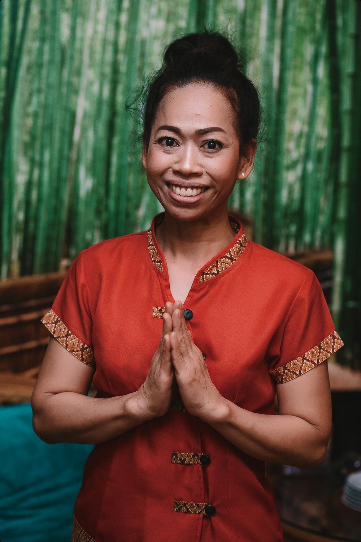 «Wai» — традиционное тайское приветствие